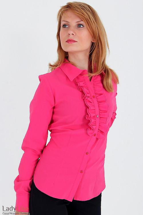 Фото Блузка малиновая с красивыми рюшами Деловая женская одежда