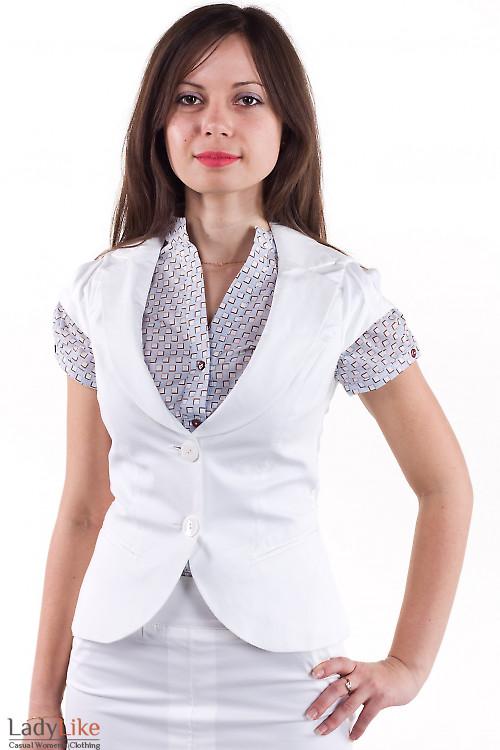 Фото Жилетка белая с круглым вырезом Деловая женская одежда