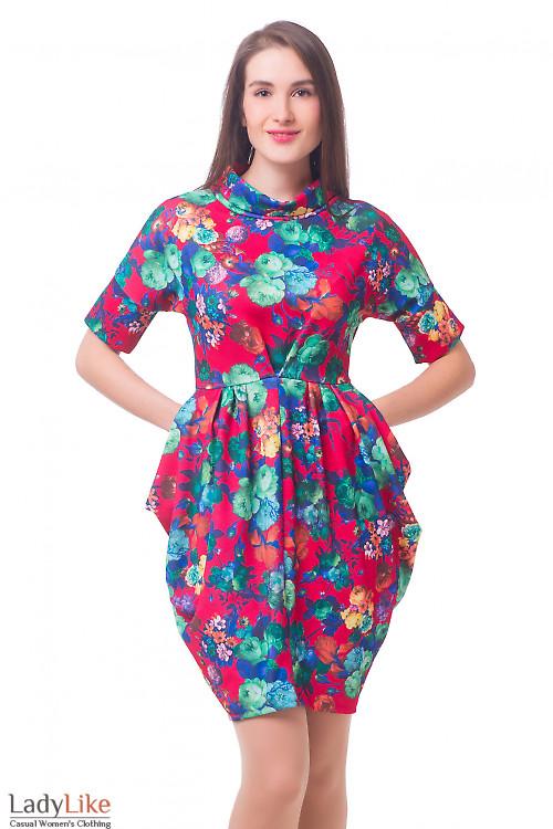 Платье красное в цветы со складками Деловая женская одежда