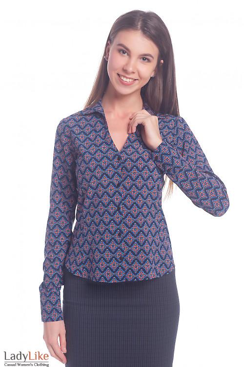 Блузка синяя в красно-оранжевый узор Деловая женская одежда