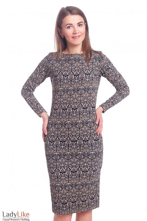 Платье из трикотажа в бежевый рисунок Деловая женская одежда