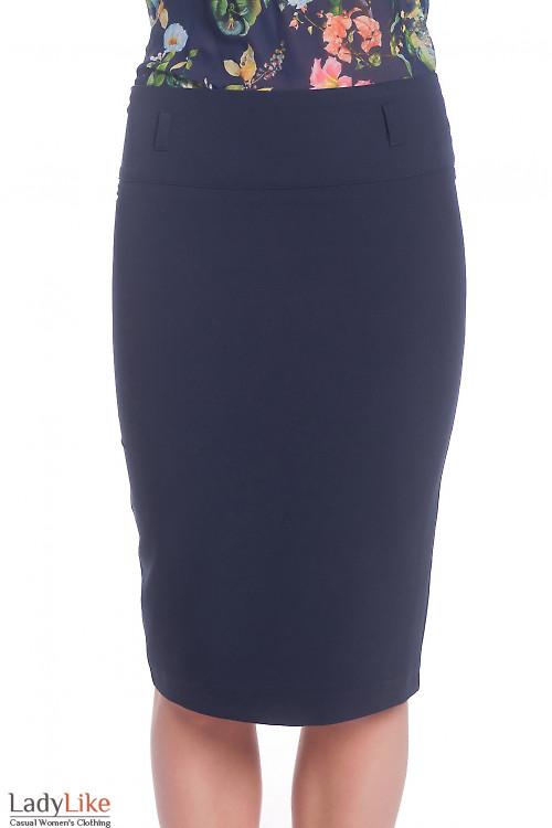 Синяя юбка-карандаш с косой шлицей Деловая женская одежда
