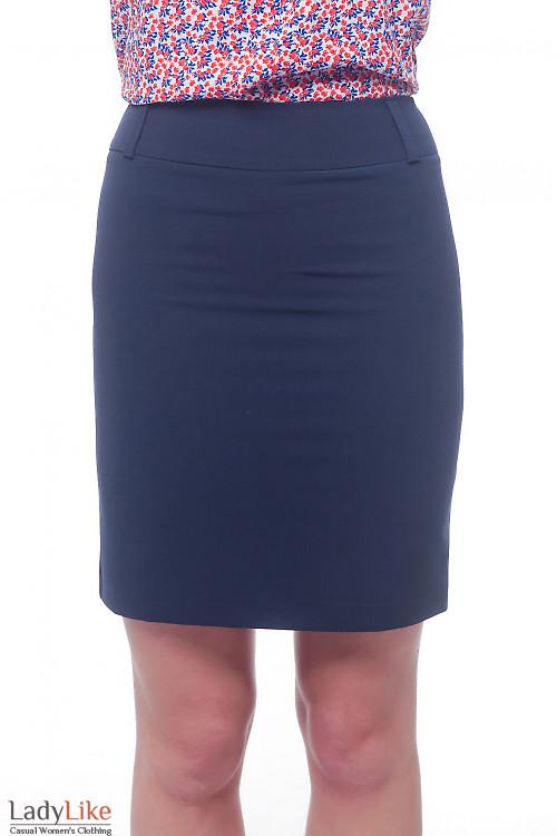 Юбка синяя со шлевками на поясе Деловая женская одежда фото