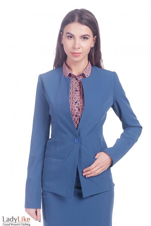 Жакет удлиненный светло-синий. Деловая женская одежда фото