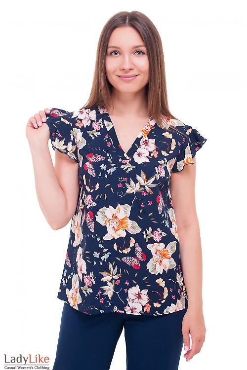 Синяя блузка с небольшим крылышком Деловая женская одежда фото