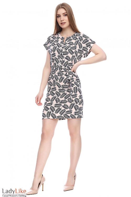 Платье бежевое в листочки Деловая женская одежда фото