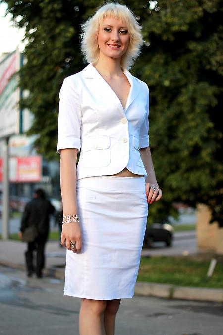 Юбка белая со складками сзади  Деловая женская одежда