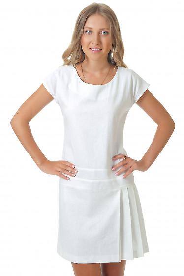 Платье из белого льна Деловая женская одежда