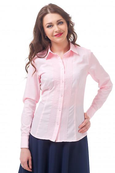 Блузка розовая с тонкими защипами Деловая женская одежда