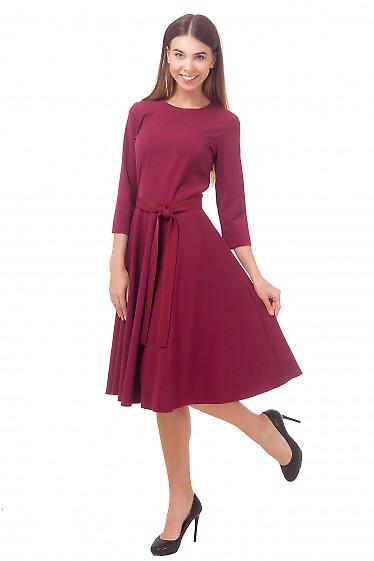 Платье бордовое с пышной юбкой миди Деловая женская одежда