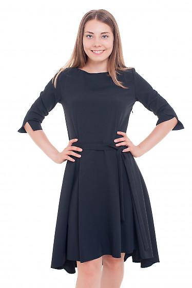 Платье черное с неровным низом Деловая женская одежда фото
