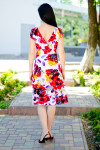 Платье летнее цветастое вид сзади Деловая женская одежда